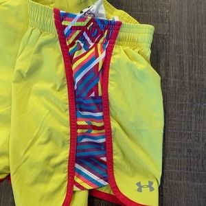 Under Armour Shorts - UNDER ARMOUR YELLOW RUNNING SHORTS